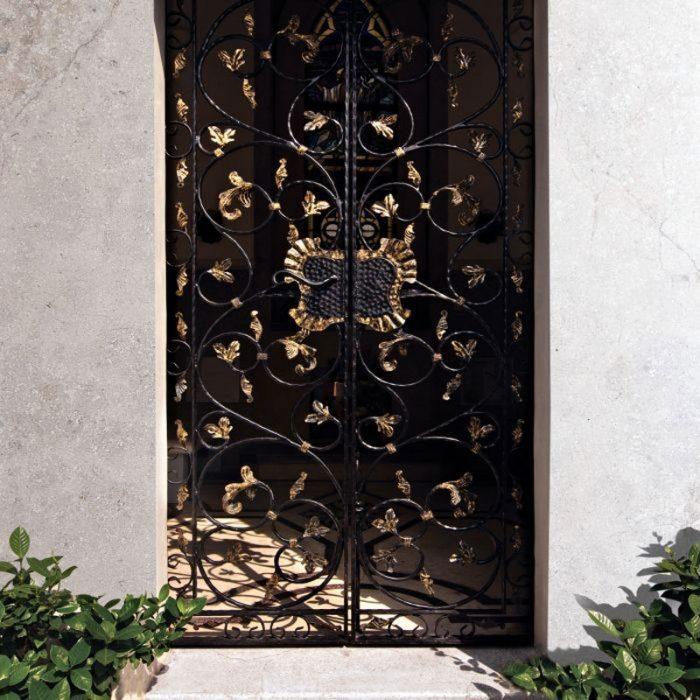 חיפוי חומות בית פרטי בשיש אפור