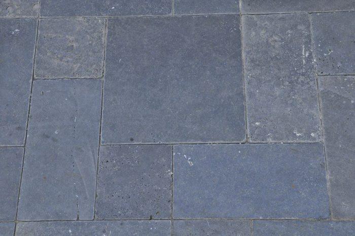 אבן בזלת במגוון עבודות חיפוי וריצוף